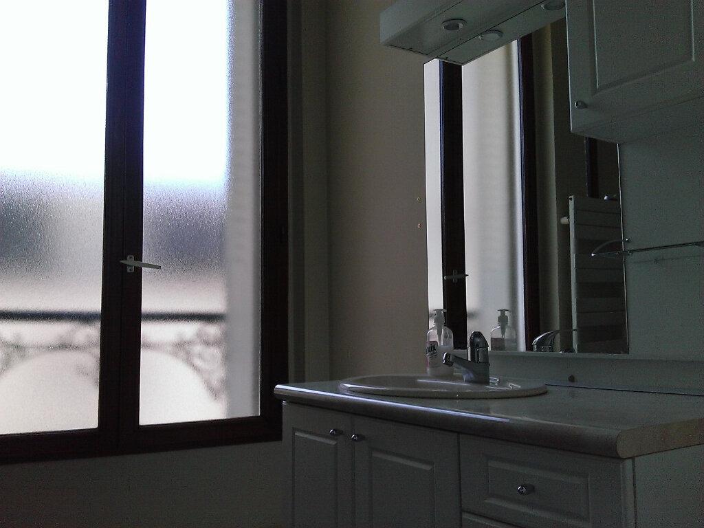 Appartement à louer 3 92m2 à Épernay vignette-9