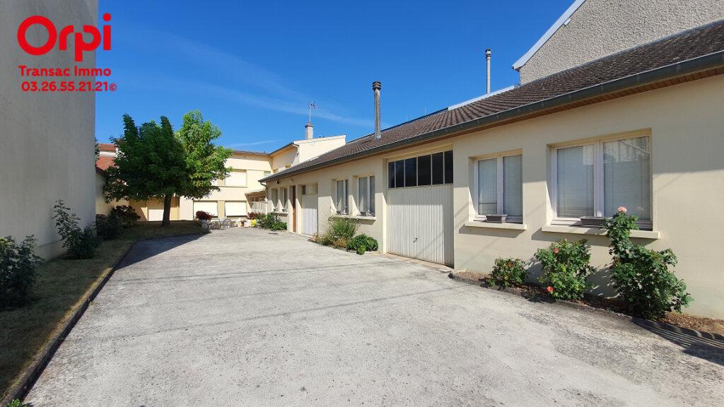 Maison à vendre 7 206.66m2 à Épernay vignette-4