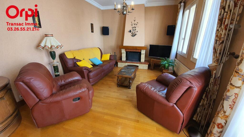 Maison à vendre 7 206.66m2 à Épernay vignette-6