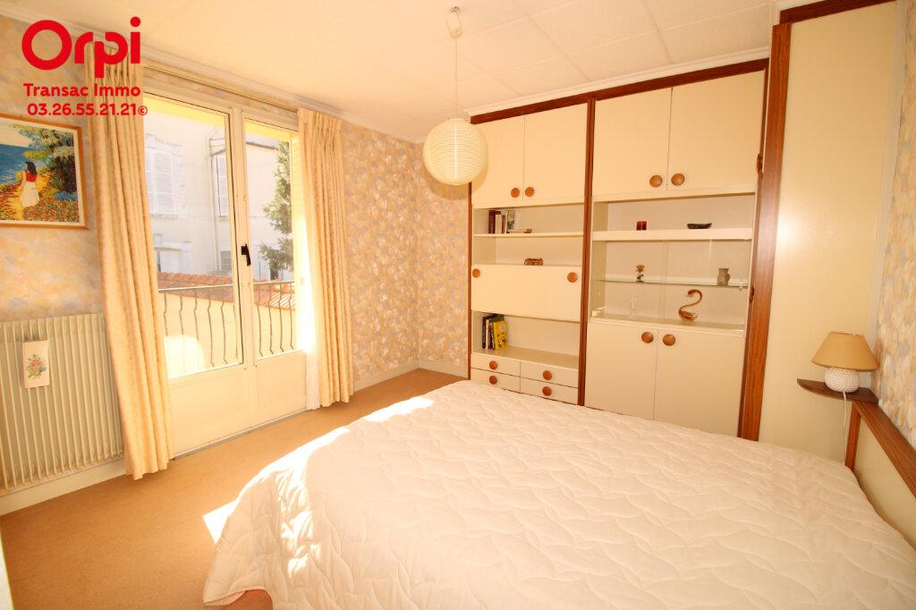 Maison à vendre 7 206.66m2 à Épernay vignette-9
