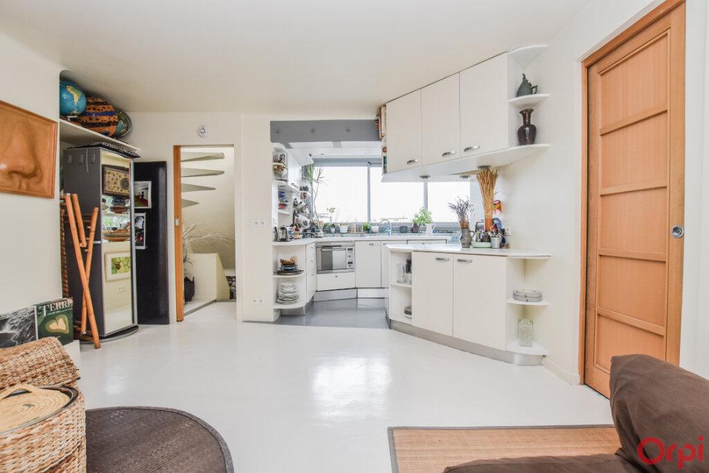 Appartement à vendre 3 76.3m2 à Paris 19 vignette-3
