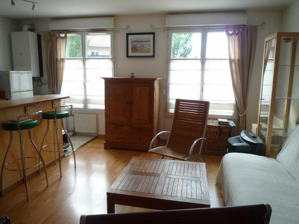 Appartement à louer 2 39.56m2 à Serris vignette-3
