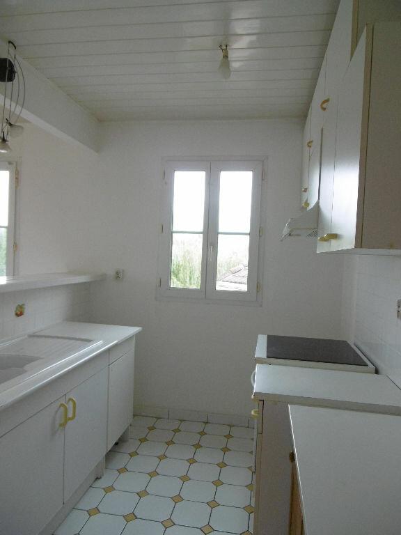 Appartement à louer 3 60m2 à Bailly-Romainvilliers vignette-4