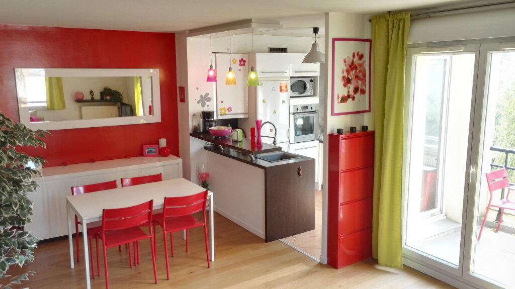 Appartement à louer 3 54m2 à Serris vignette-2