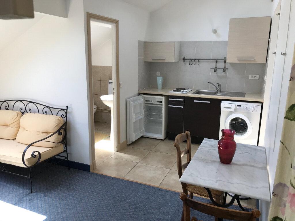 Appartement à louer 1 25m2 à La Ferté-sous-Jouarre vignette-3