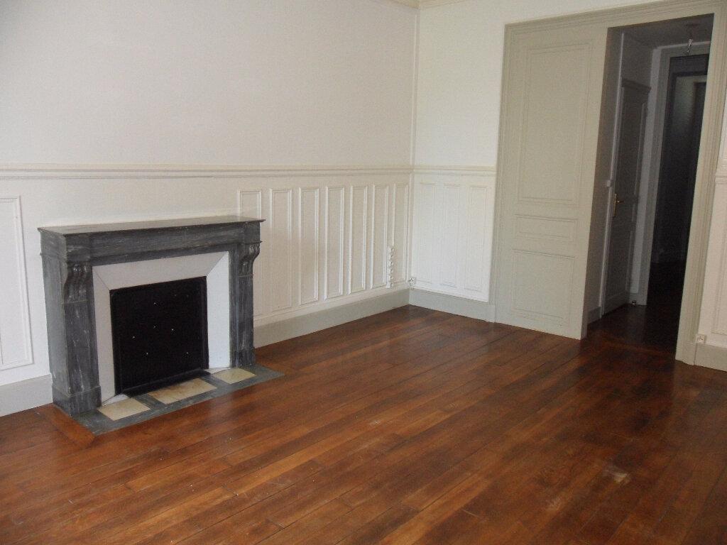 Appartement à louer 2 47.21m2 à Couilly-Pont-aux-Dames vignette-2