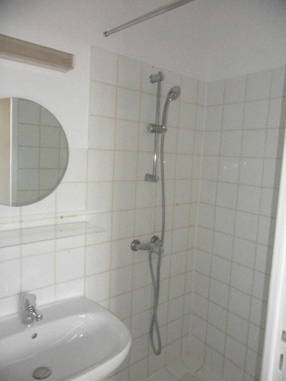 Appartement à louer 2 44.33m2 à Crécy-la-Chapelle vignette-5
