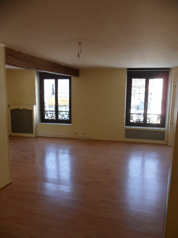 Appartement à louer 4 96.19m2 à Crécy-la-Chapelle vignette-1