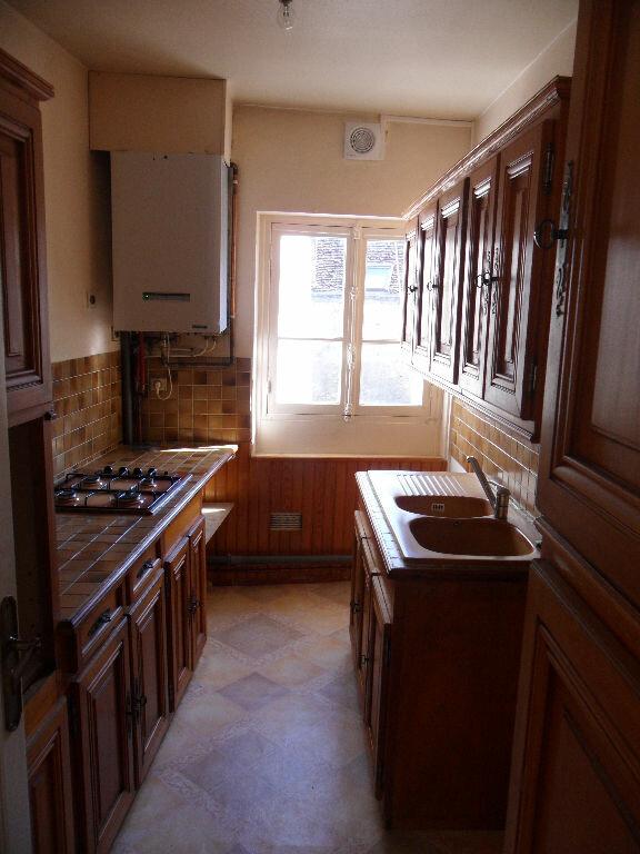 Appartement à louer 4 96.19m2 à Crécy-la-Chapelle vignette-2
