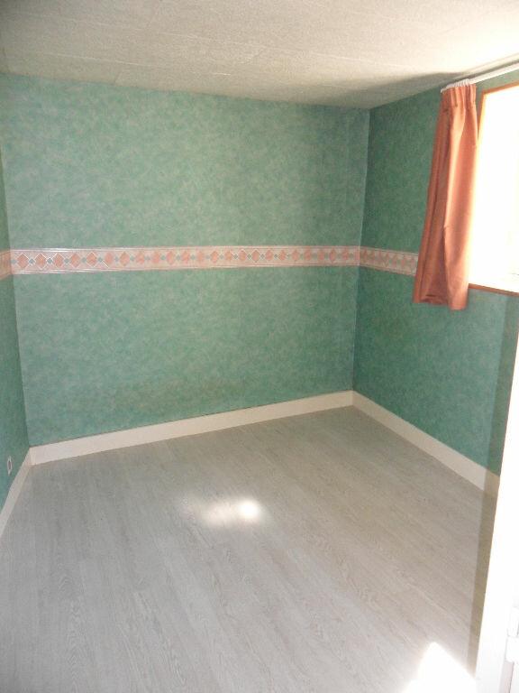 Appartement à louer 4 96.19m2 à Crécy-la-Chapelle vignette-6