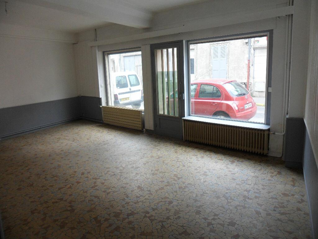 Appartement à louer 3 83.2m2 à Crécy-la-Chapelle vignette-2