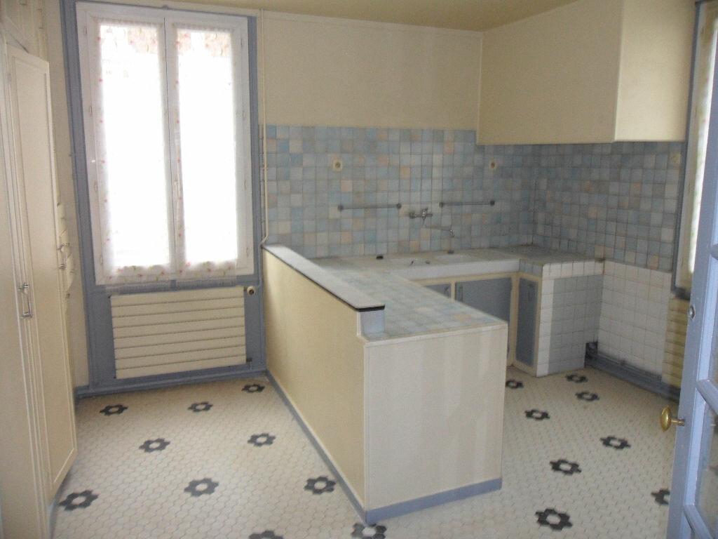 Appartement à louer 3 83.2m2 à Crécy-la-Chapelle vignette-3