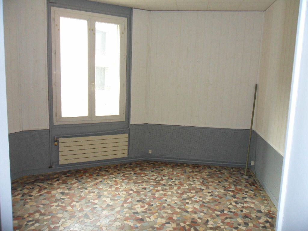 Appartement à louer 3 83.2m2 à Crécy-la-Chapelle vignette-4