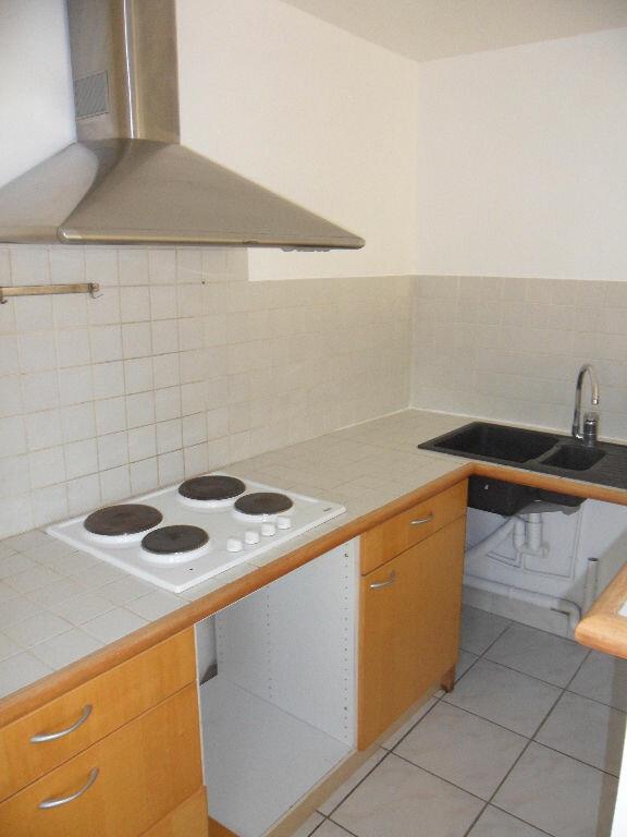 Appartement à louer 2 49.54m2 à Crécy-la-Chapelle vignette-2