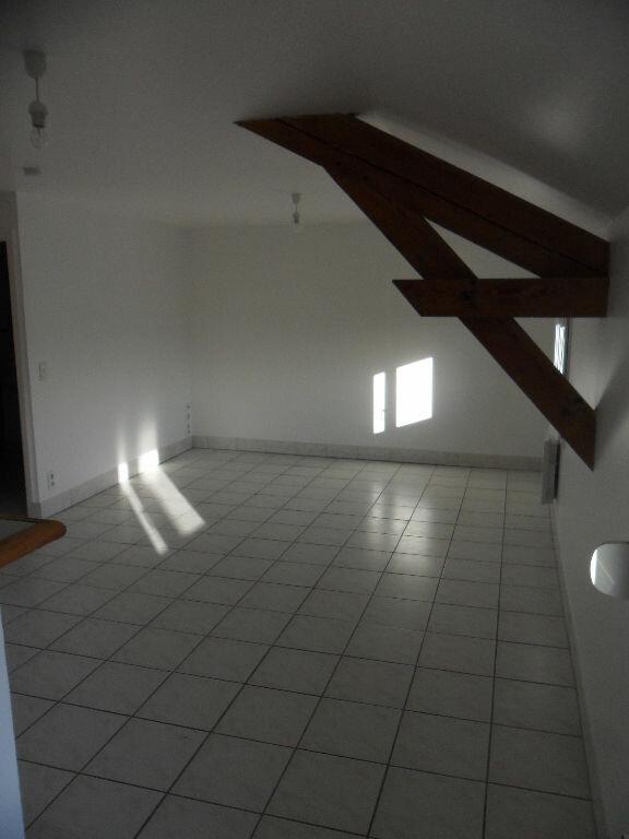 Appartement à louer 2 49.54m2 à Crécy-la-Chapelle vignette-3