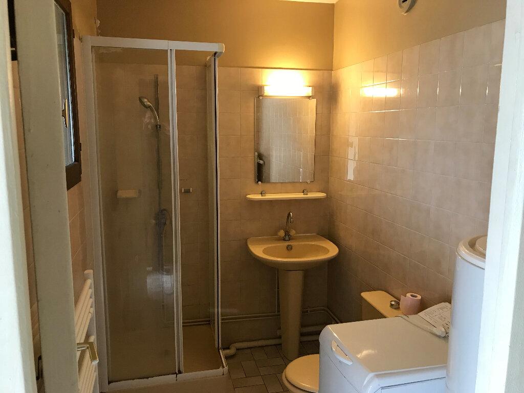 Appartement à louer 1 26.15m2 à Lagny-sur-Marne vignette-4