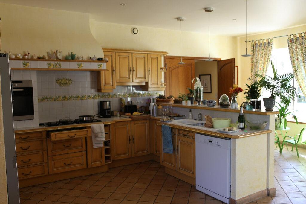 Maison à vendre 10 300m2 à Crécy-la-Chapelle vignette-12