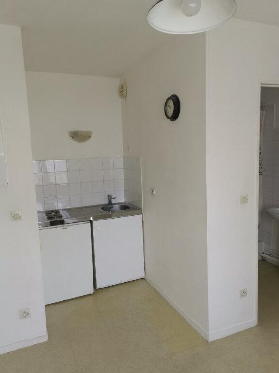 Appartement à louer 1 19.89m2 à Chalifert vignette-4