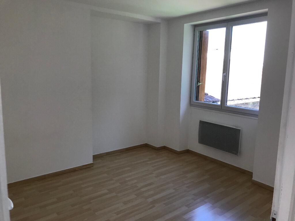 Appartement à louer 3 55.62m2 à Coulommiers vignette-3