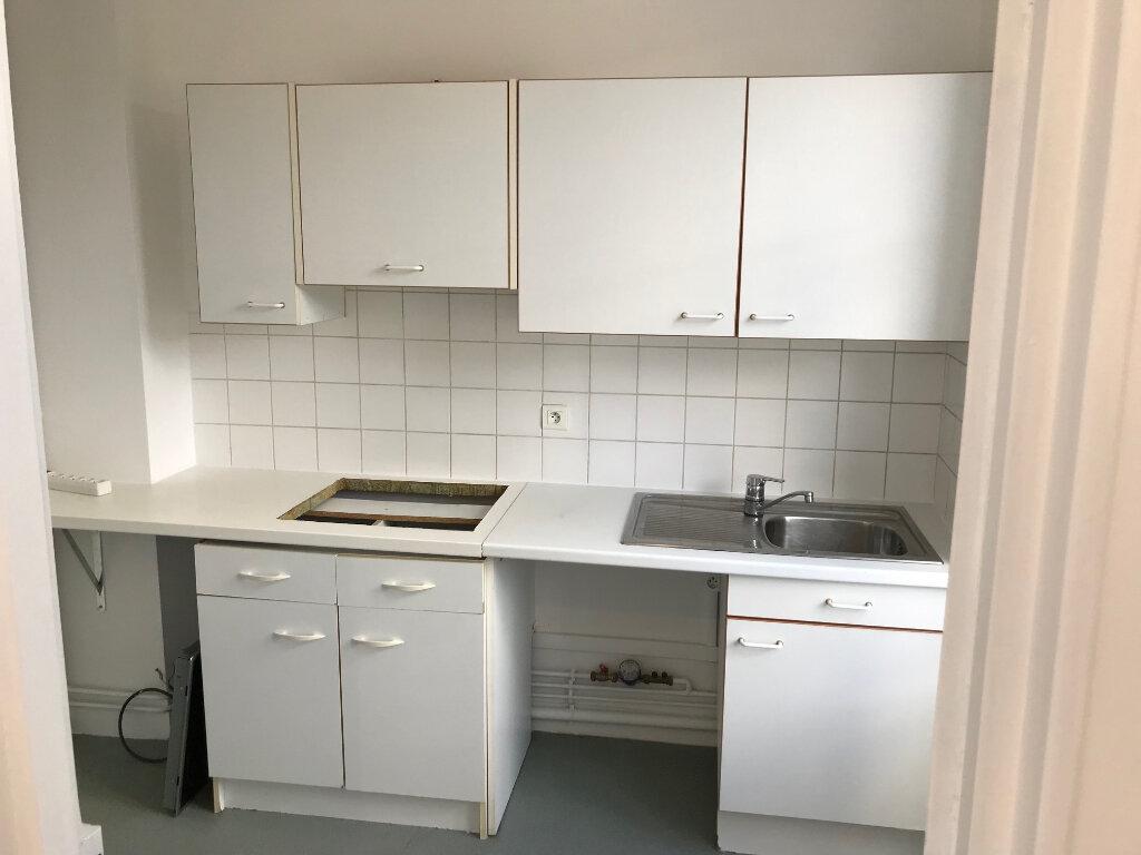 Appartement à louer 3 61m2 à Couilly-Pont-aux-Dames vignette-3