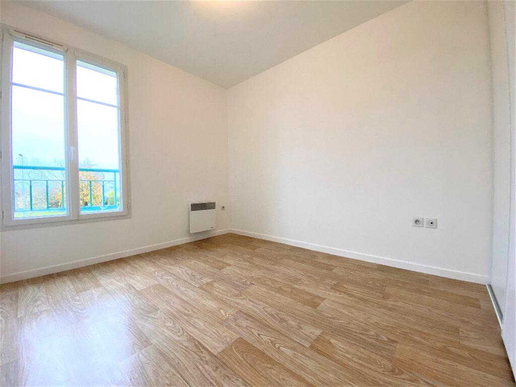 Appartement à louer 3 63m2 à Luynes vignette-3