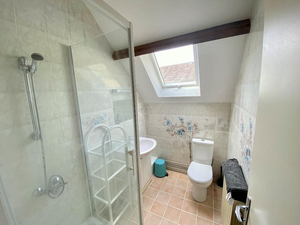 Appartement à louer 1 19m2 à Saint-Étienne-de-Chigny vignette-2