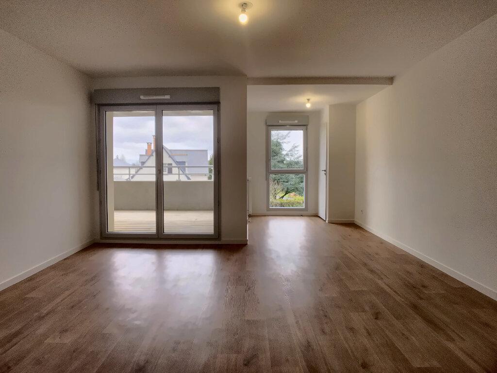 Appartement à louer 3 60m2 à Fondettes vignette-2