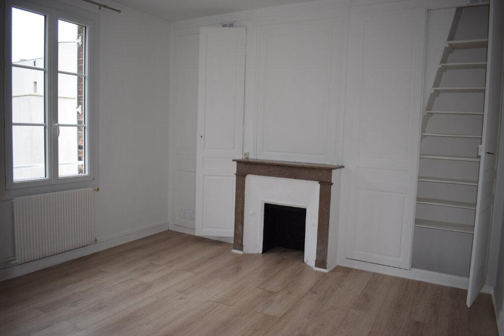 Appartement à louer 3 68m2 à Chartres vignette-3