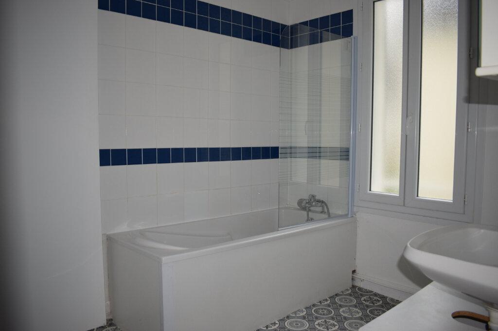 Appartement à louer 3 68m2 à Chartres vignette-5