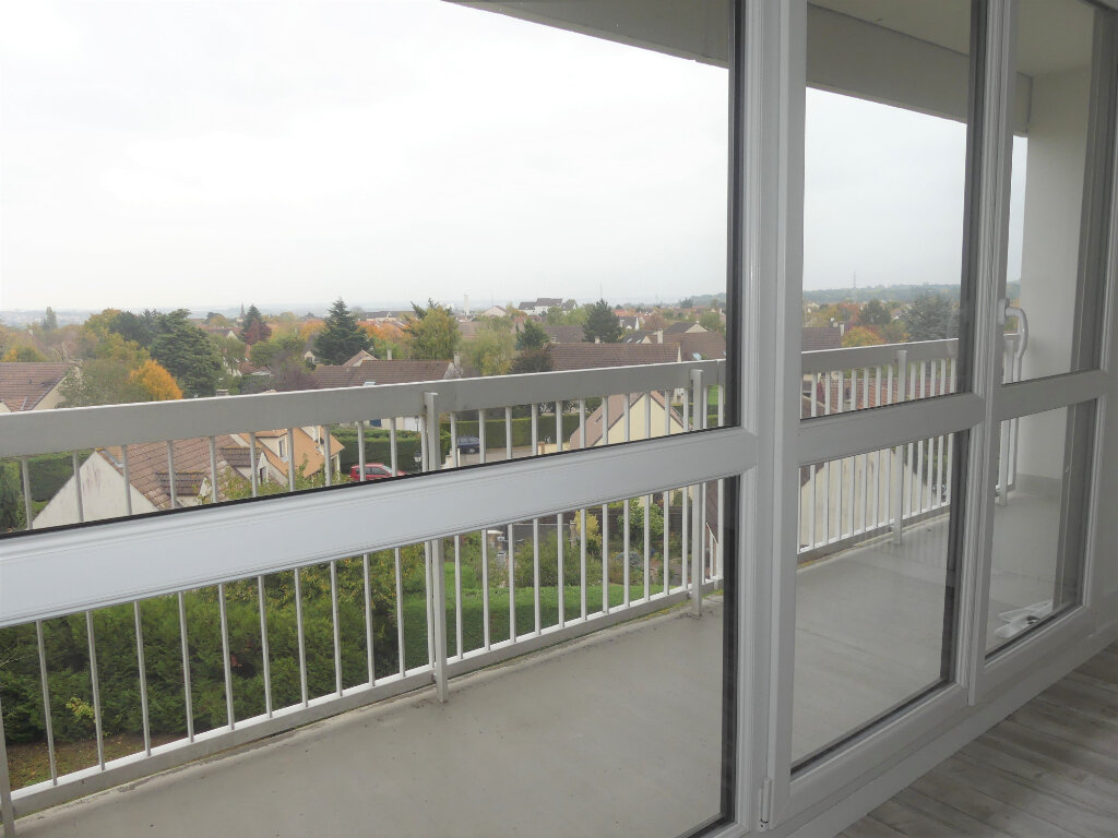 Appartement à louer 4 85m2 à Verneuil-sur-Seine vignette-5