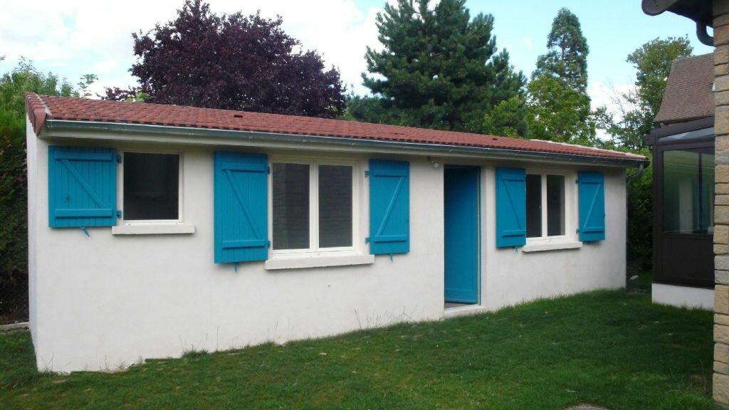 Appartement à louer 1 16.6m2 à Verneuil-sur-Seine vignette-1