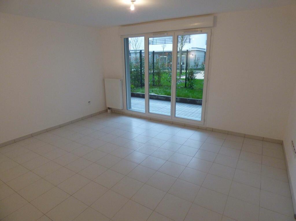 Appartement à louer 1 33m2 à Verneuil-sur-Seine vignette-4