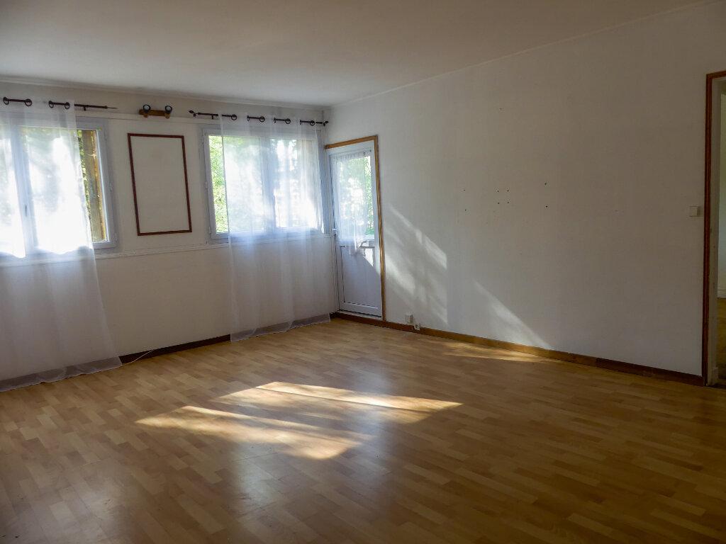 Appartement à louer 3 58m2 à Verneuil-sur-Seine vignette-1