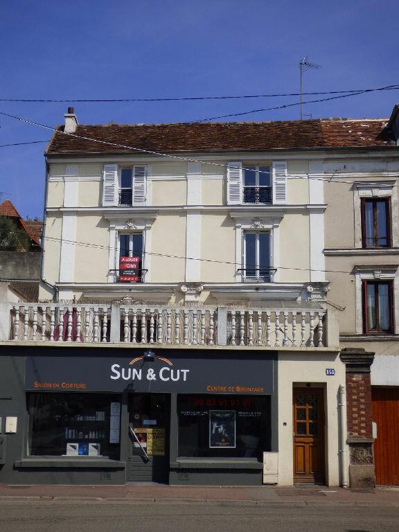 Appartement à louer 3 65.72m2 à Triel-sur-Seine vignette-1