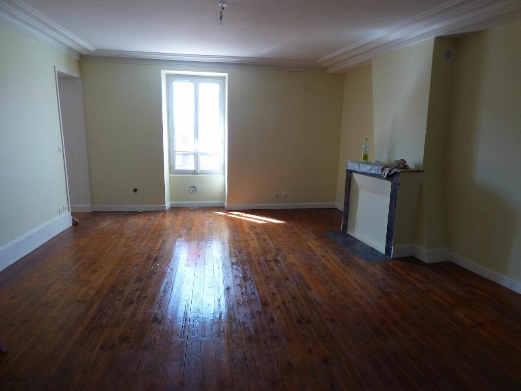 Appartement à louer 3 65.72m2 à Triel-sur-Seine vignette-2