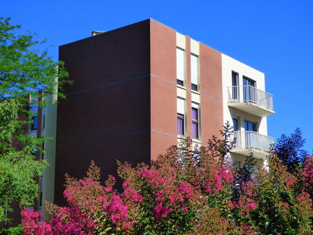Appartement à louer 1 33m2 à Verneuil-sur-Seine vignette-2