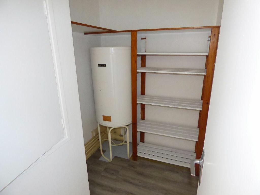 Appartement à louer 1 33m2 à Verneuil-sur-Seine vignette-6