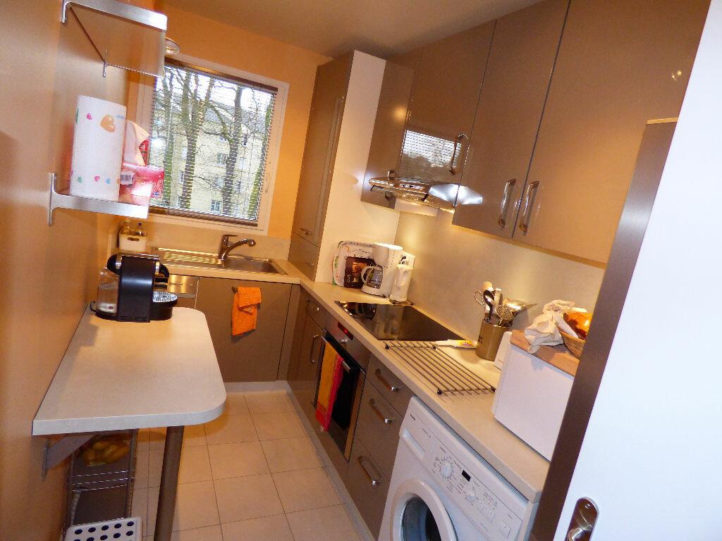 Appartement à louer 2 47.17m2 à Verneuil-sur-Seine vignette-1