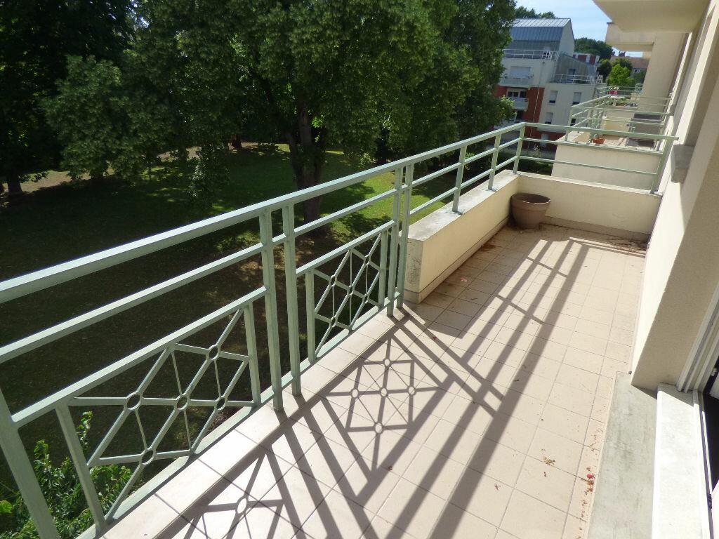 Appartement à louer 2 47.17m2 à Verneuil-sur-Seine vignette-2
