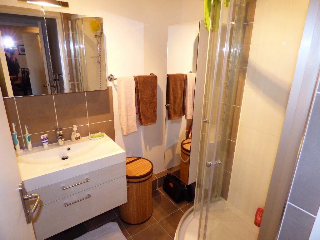 Appartement à louer 2 47.17m2 à Verneuil-sur-Seine vignette-3