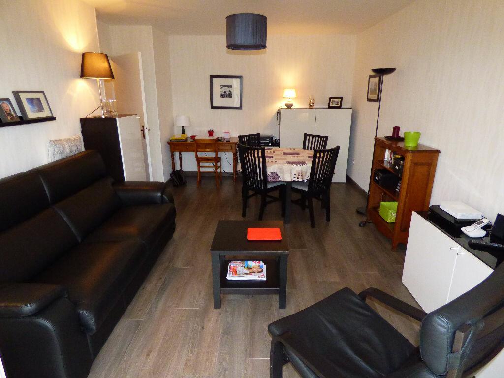 Appartement à louer 2 47.17m2 à Verneuil-sur-Seine vignette-5