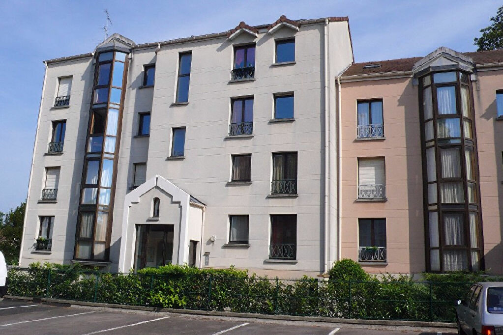 Appartement à louer 2 39.04m2 à Verneuil-sur-Seine vignette-1