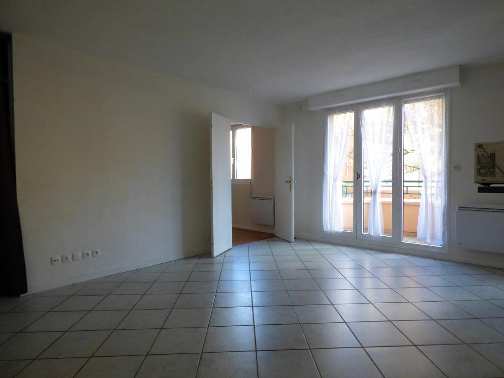 Appartement à louer 2 39.04m2 à Verneuil-sur-Seine vignette-2