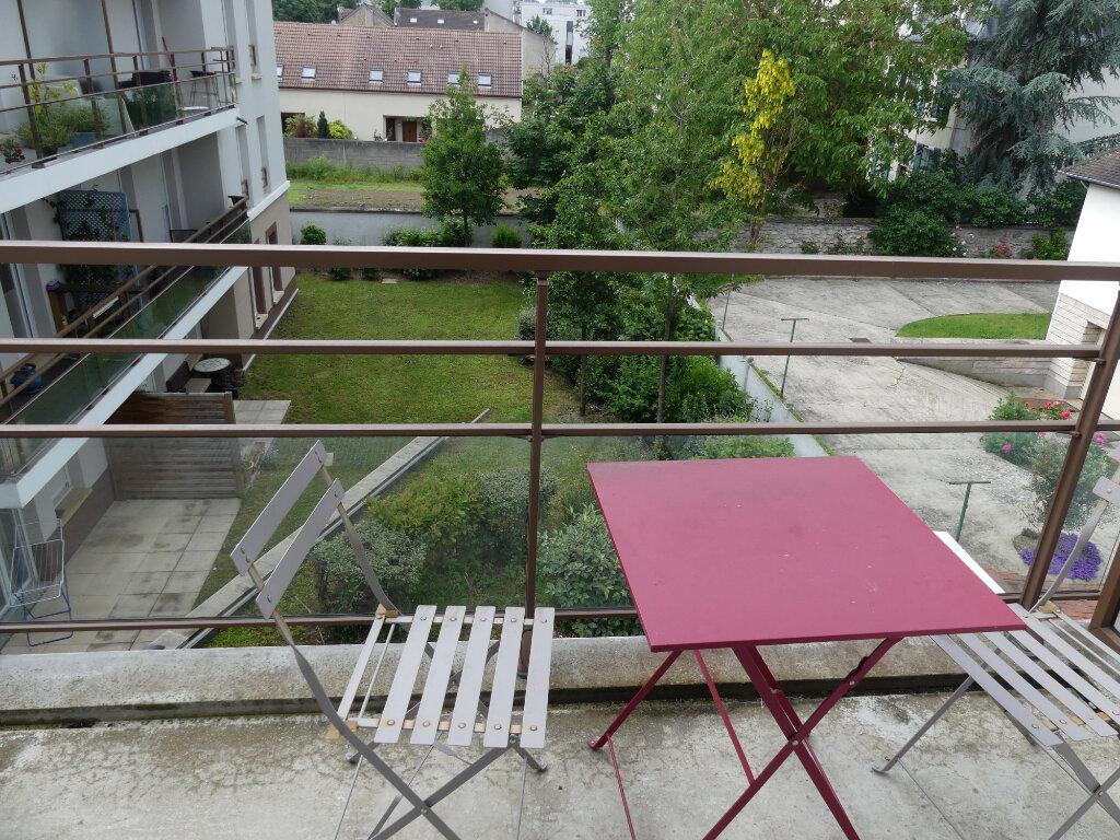 Appartement à louer 2 40m2 à Les Mureaux vignette-2