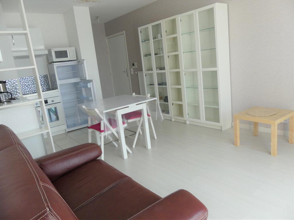 Appartement à louer 2 40m2 à Les Mureaux vignette-4