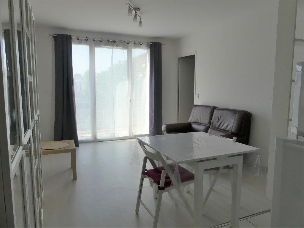 Appartement à louer 2 40m2 à Les Mureaux vignette-5