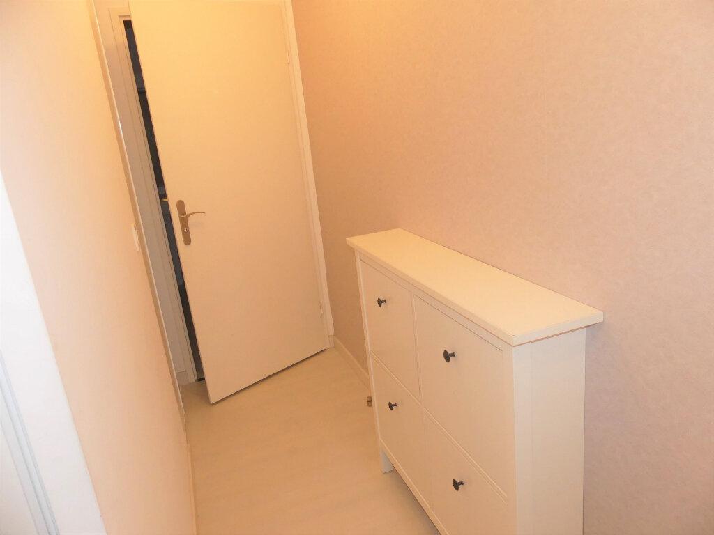 Appartement à louer 2 40m2 à Les Mureaux vignette-8