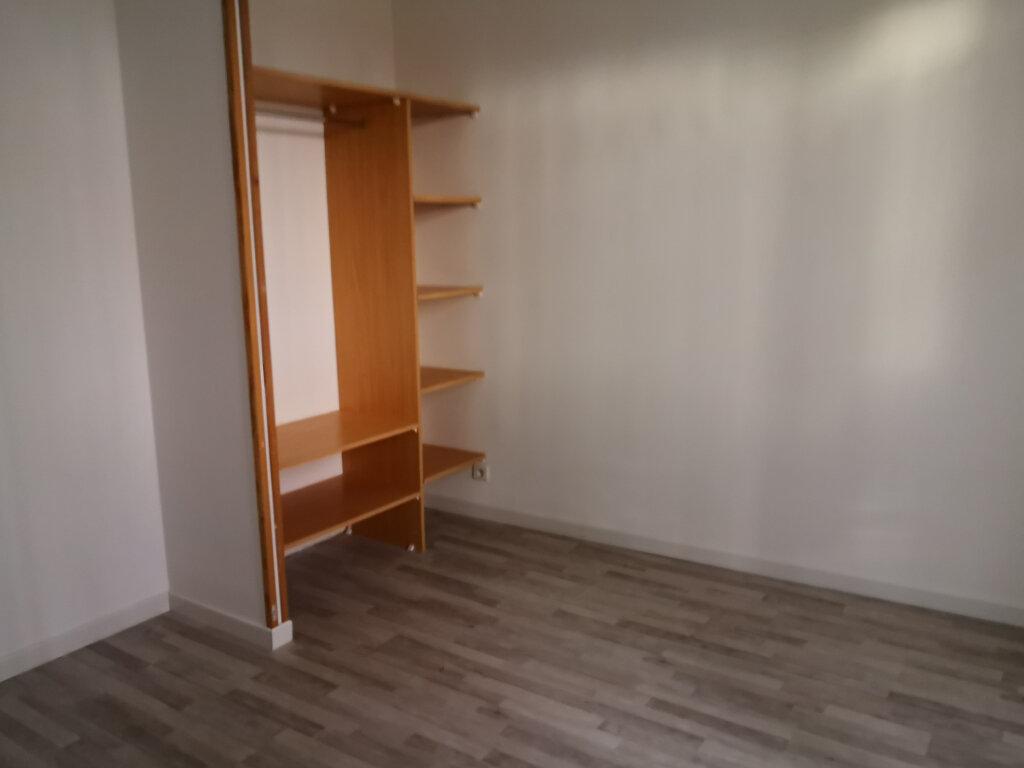 Maison à vendre 5 126.35m2 à Mézy-sur-Seine vignette-5