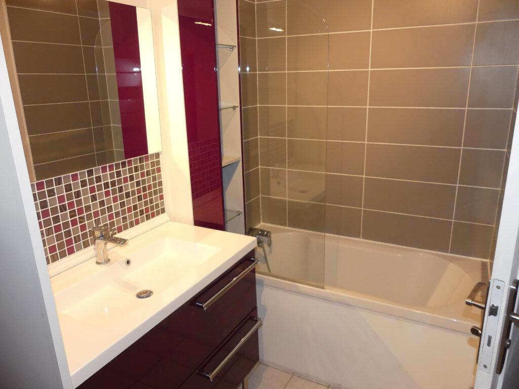 Appartement à louer 3 61m2 à Verneuil-sur-Seine vignette-6