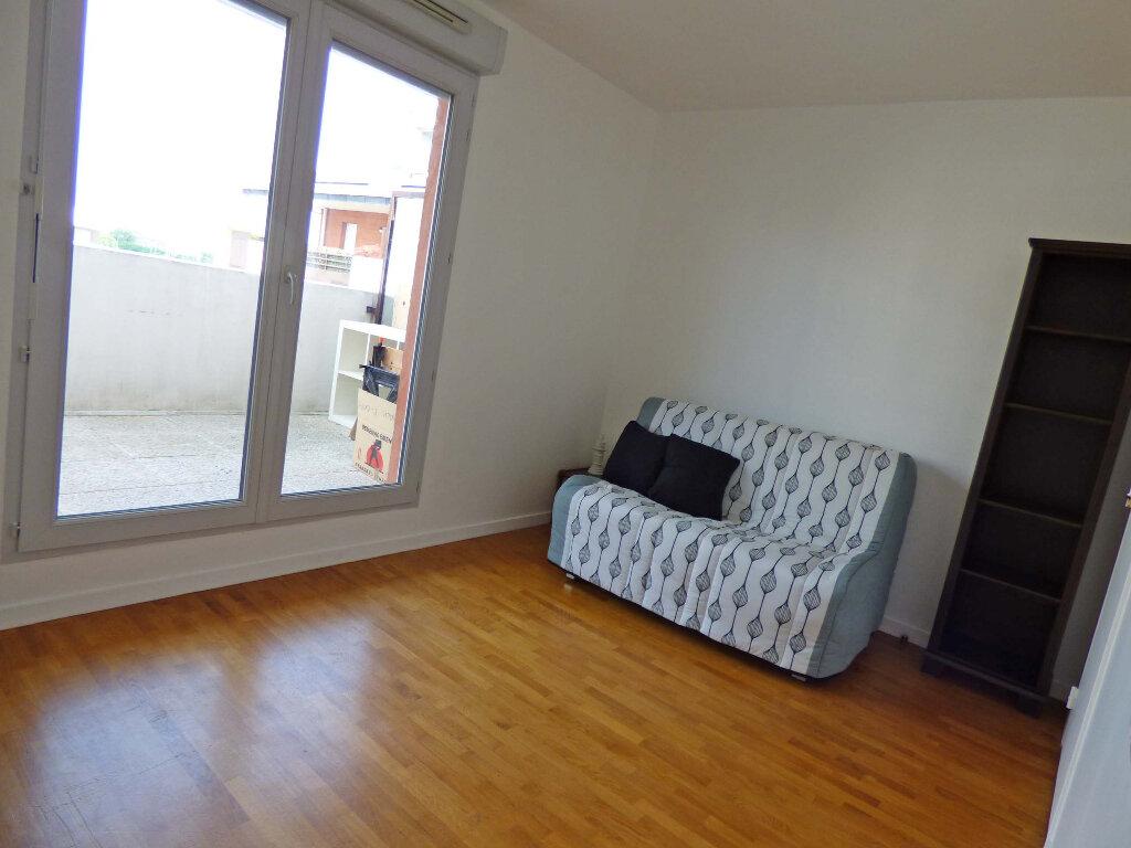 Appartement à louer 1 23.59m2 à Carrières-sous-Poissy vignette-4